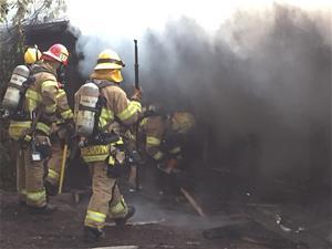 Kramien Rd Residential Fire 03Sept15 10 thumb